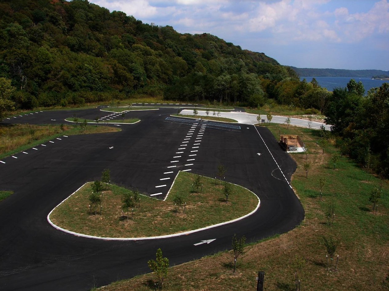 Large parking lot installed by asphalt contractor